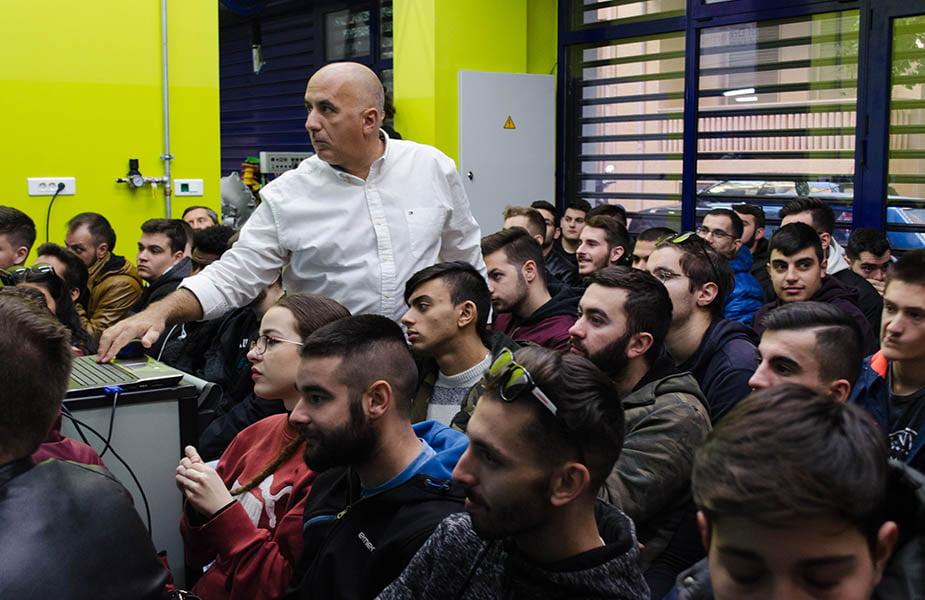 ΙΕΚ ΑΚΜΗ: Σχολή Αθλητικής Δημοσιογραφίας Τάκης Πουρναράκης