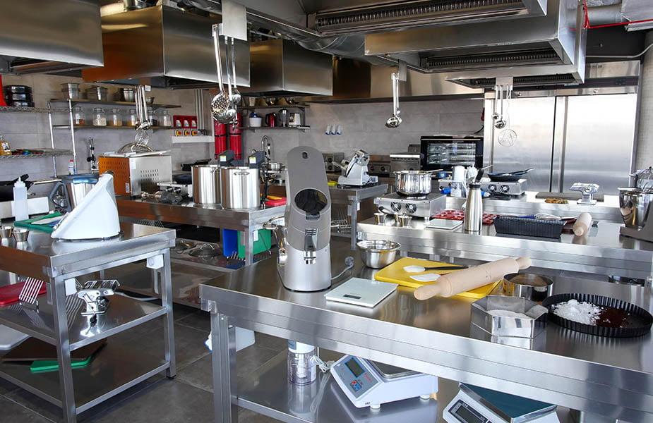 ΙΕΚ ΑΚΜΗ: Εργαστήριο Σχολής Αρτοποιίας-Ζαχαροπλαστικής