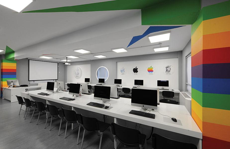 ΙΕΚ ΑΚΜΗ: Εργαστήριο Σχολής Δημοσιογραφίας