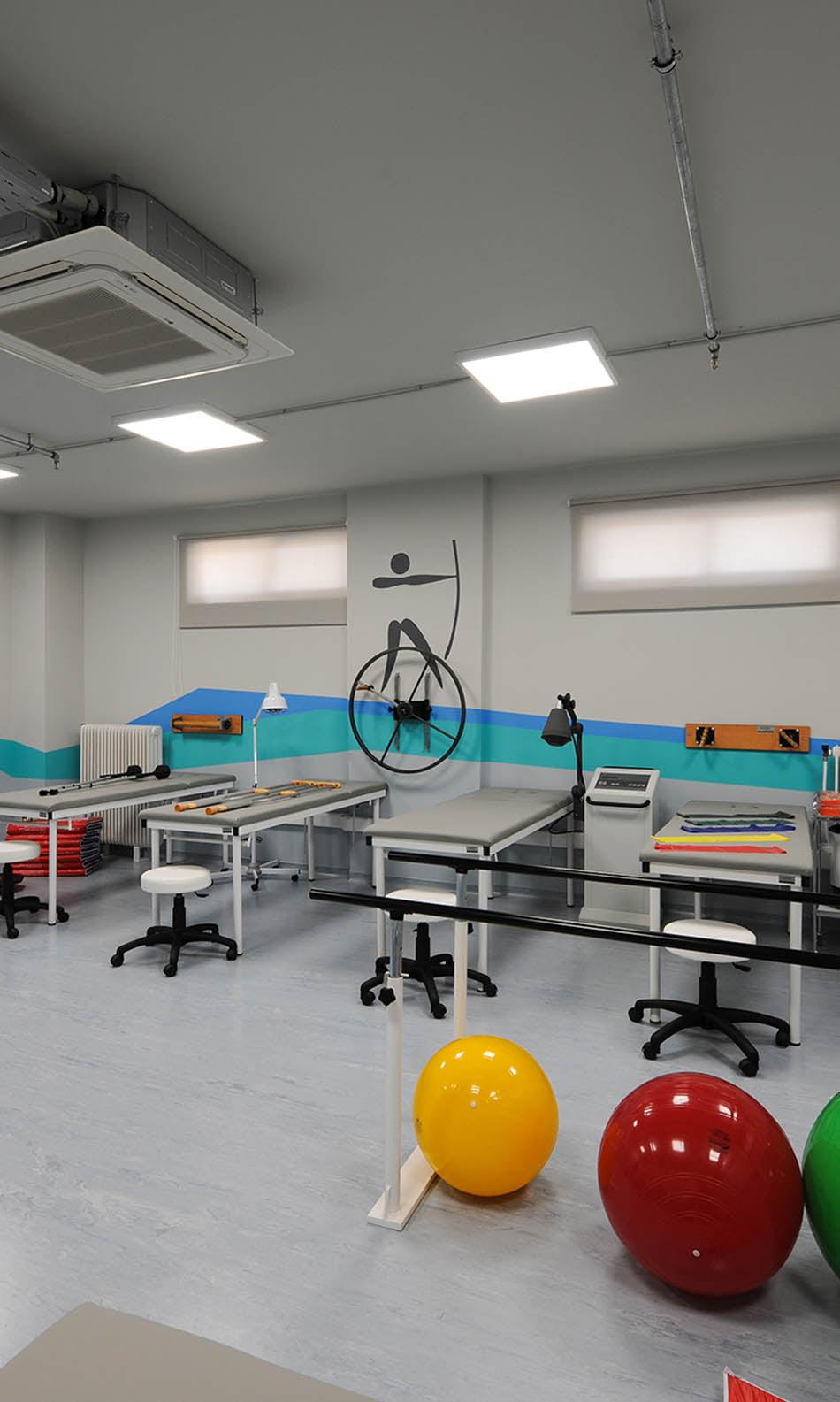 ΙΕΚ ΑΚΜΗ: Εργαστήριο Σχολής Φυσικοθεραπείας