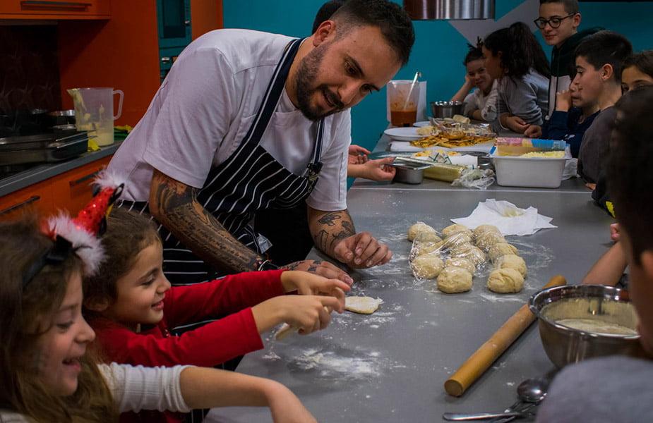«Μαγειρέματα» Volume 2 στο ΙΕΚ ΑΚΜΗ με τον chef Γιώργο Τσαπάρα