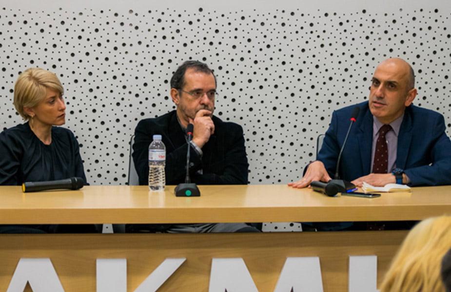 debate με τους Σία Κοσιώνη, Παύλο Τσίμα και Μανώλη Κωστίδη στο ΙΕΚ ΑΚΜΗ