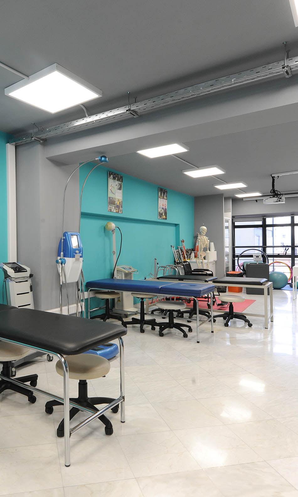 ΙΕΚ ΑΚΜΗ: εργαστήρια Τομέα Υγείας
